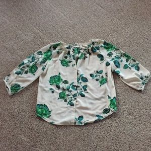 Beautiful Green Floral 3/4 Sleeve Blouse Large